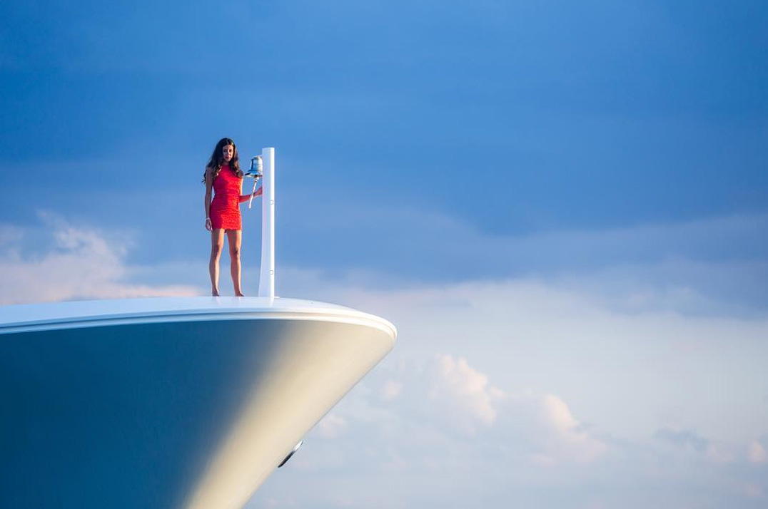 Redna-Yacht-Home3