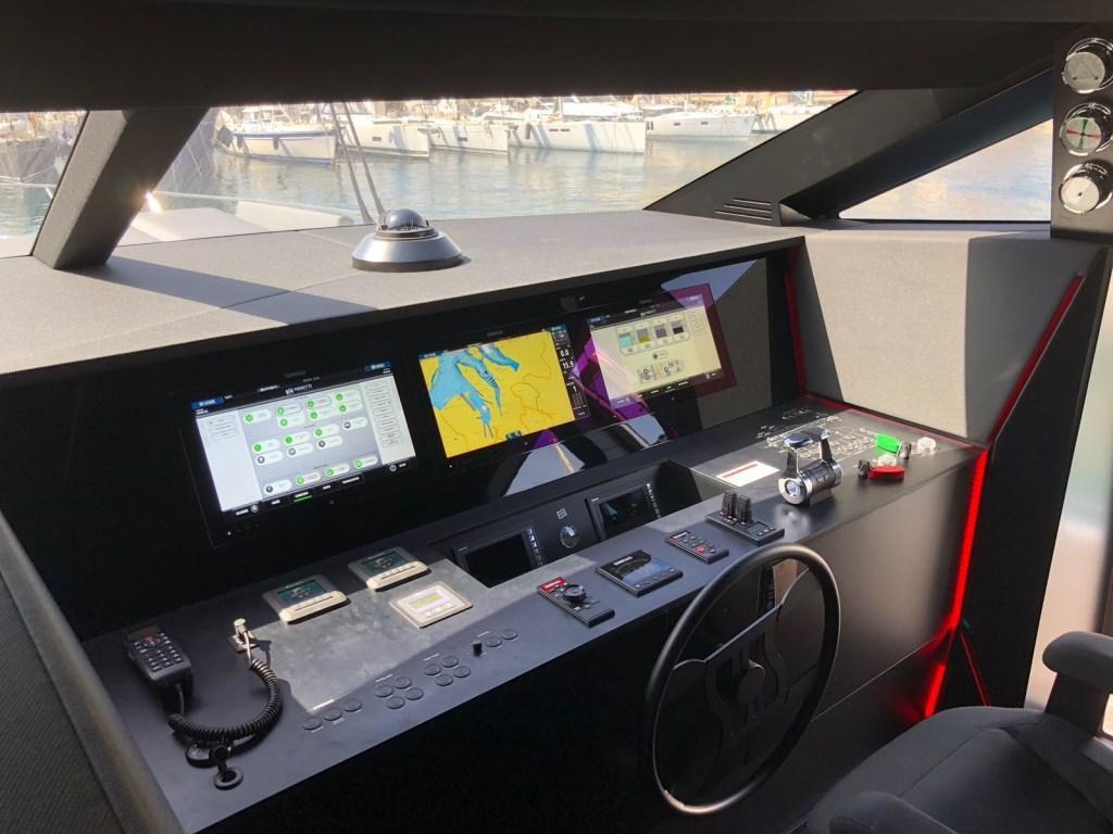 Redna Yachts Ferreti-850-10