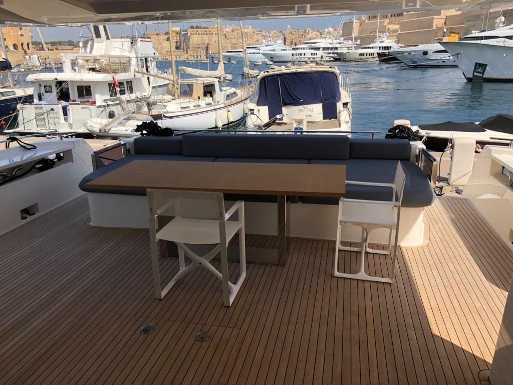 Redna Yachts Ferreti-850-3