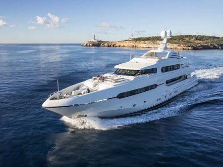 Redna Yachts Atomic-19